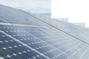 ahorro de energía mediante paneles solares